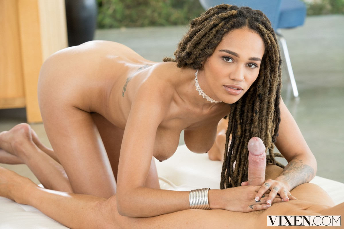 Vixen – Julie Kay – Preferential Treatment Part 2 hq