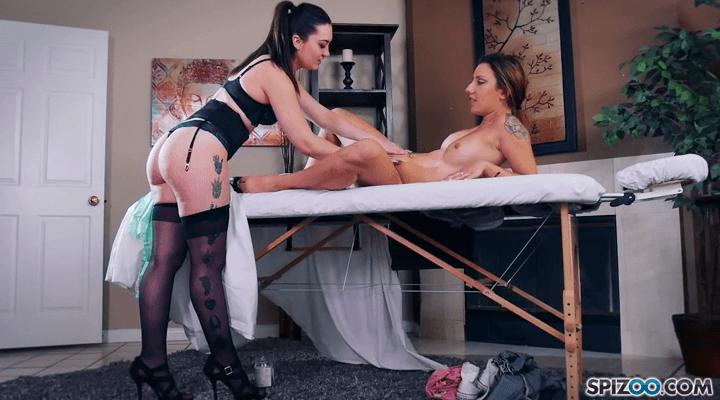 Spizoo: Miss Monroe Massage – Kat Monroe , Sophia Grace
