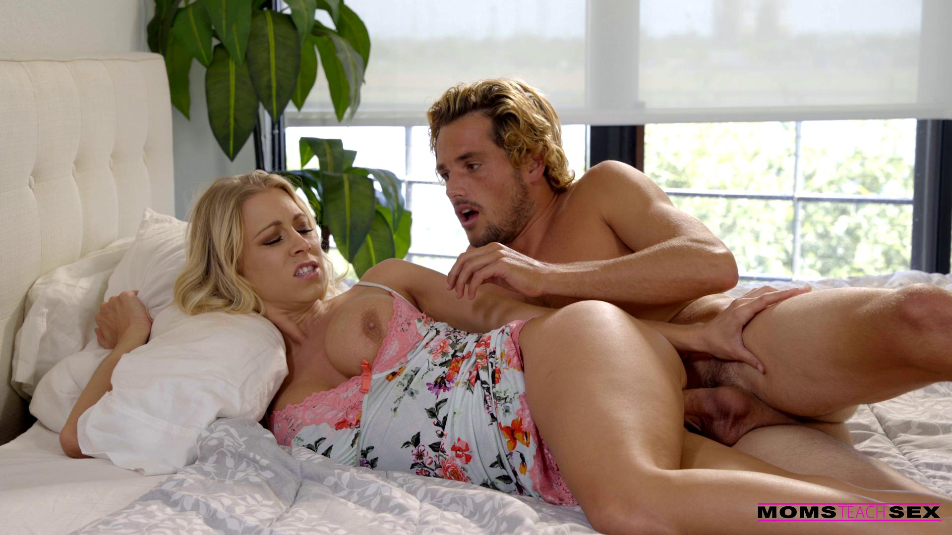 MomsTeachSex – Katie Morgan Satisfying My Stepmom