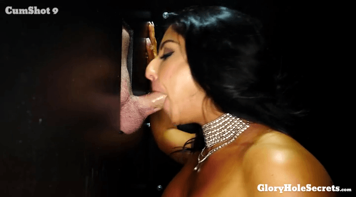 GloryHoleSecrets – Raven Hart  – First Glory Hole