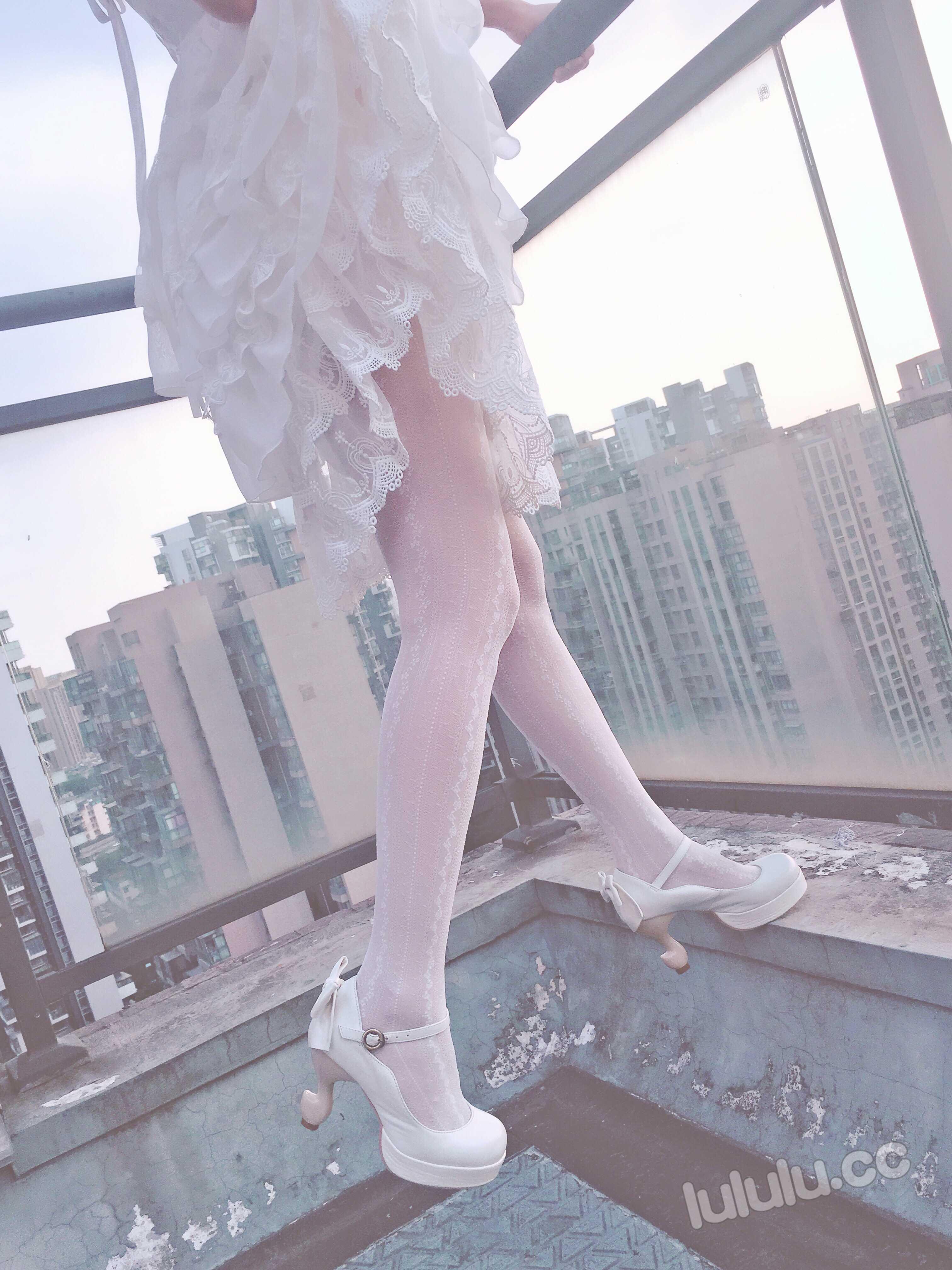 暖暖 103P17V 天台的新娘lolita小洋装 实习女护士的调教课程 女搜查官 【xp1024fuli.com】