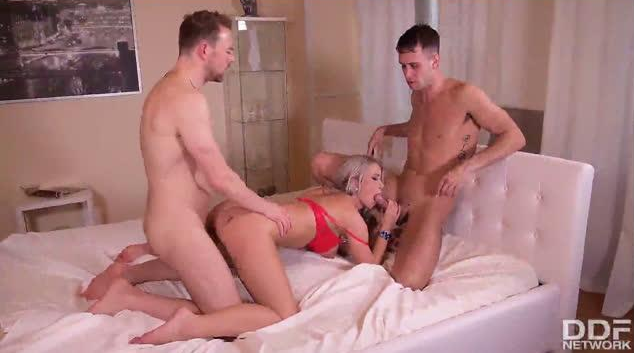 HandsOnHardcore – Two Cocks for Two Holes – Licky Lex