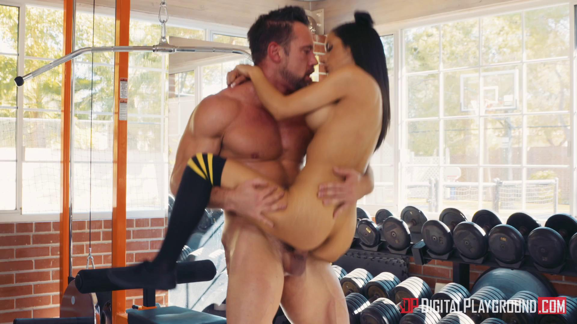 DigitalPlayground – Tia Cyrus Barbell Boobs