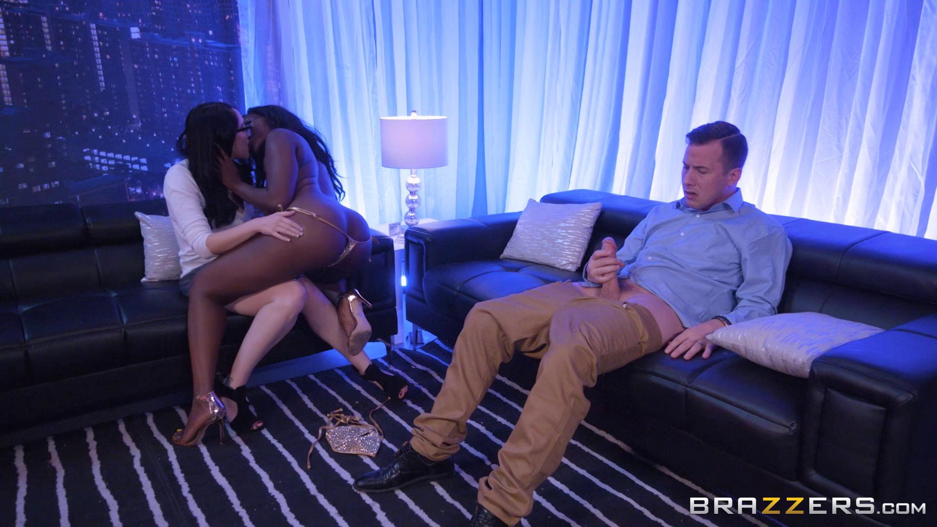 BrazzersExxtra – Nickey Huntsman And Osa Lovely Strip Club Surprise