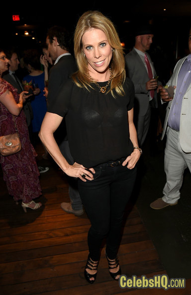 yl Hines Photos The Groundlings Anniversary Gala At Hyde Sunset Kitchen Cocktails Cheryl Hines photo
