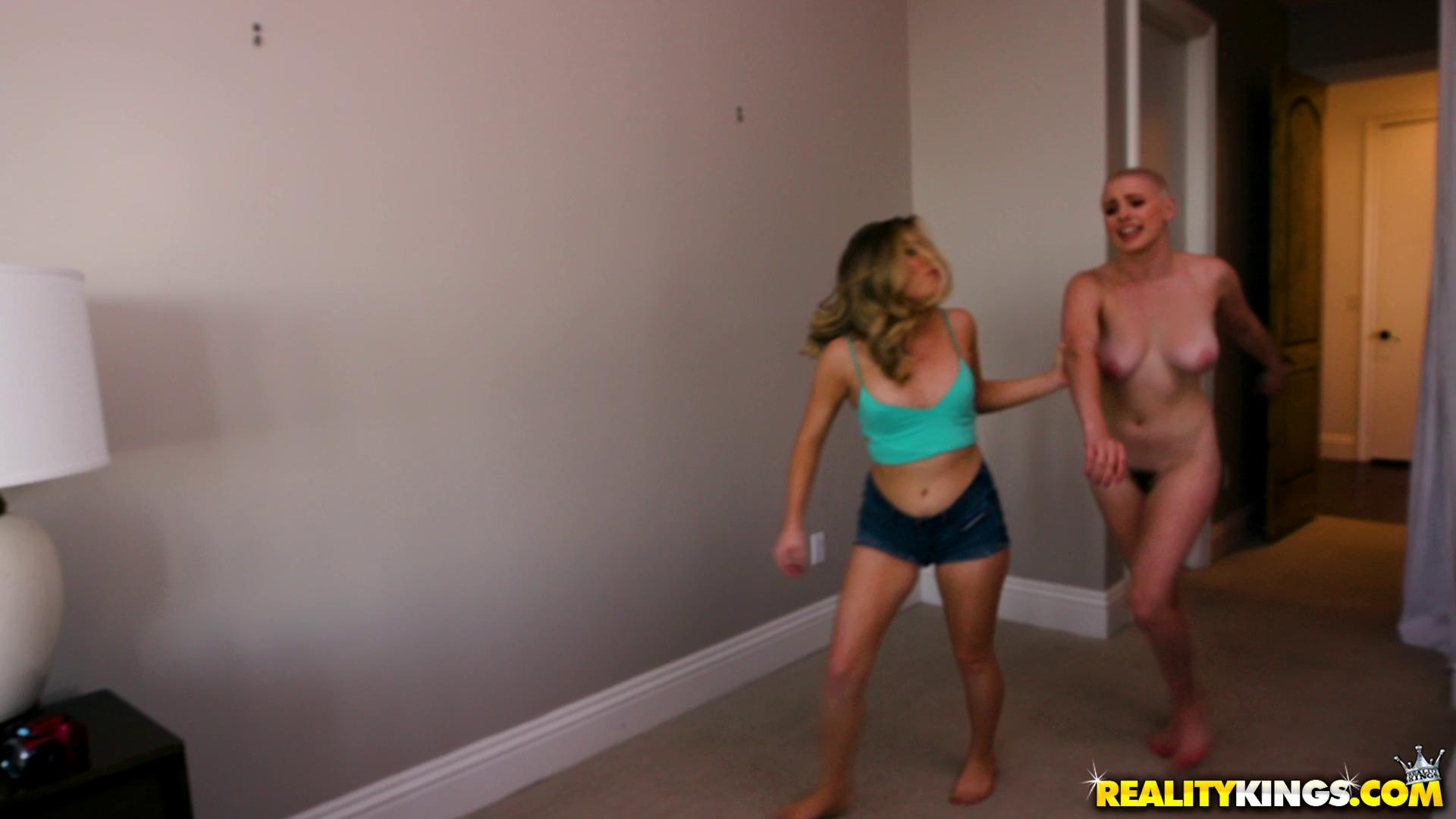 Veronica Vega And Riley Nixon – Pranking My GF And Her Stepsister