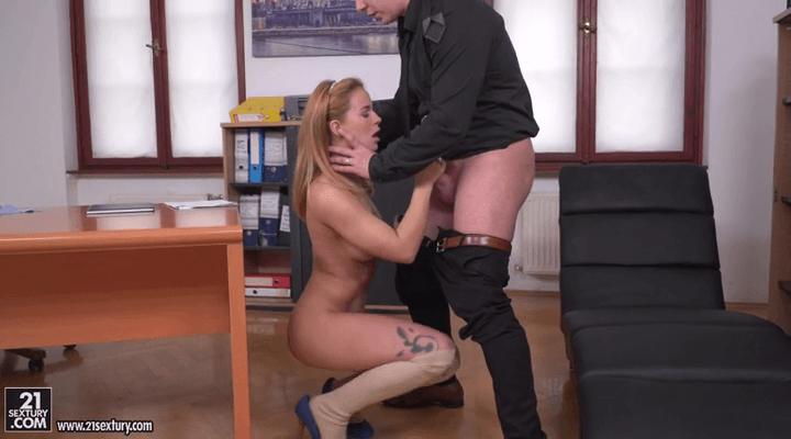 PixAndVideo: Bad Student – Jenny Manson