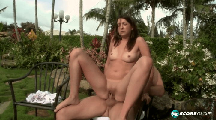 PornMegaLoad – Alexa James – Lets Outdoors